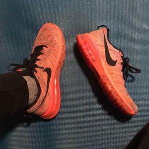 Neon Nike Flyknit AirMax shoes women 10.5